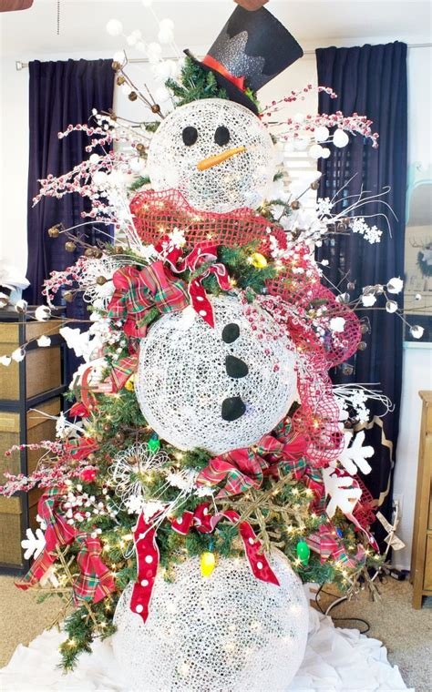 christmas tree decorated with snowmen how to decorate a tree