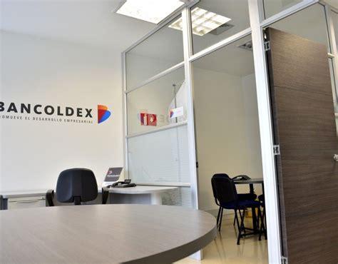 oficina avantel directorio empresarial uniplex pereira