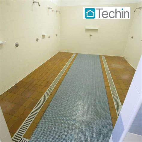 pavimento in plastica per interni mattonelle drenanti pavimenti plastica esterni pavimento