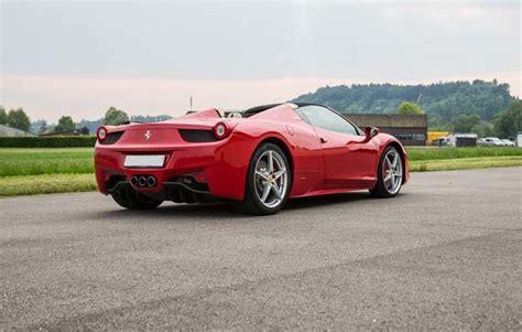 Ferrari Fahren Geschenk by 4 Stunden Ferrari Fahren Als Geschenkidee Mydays