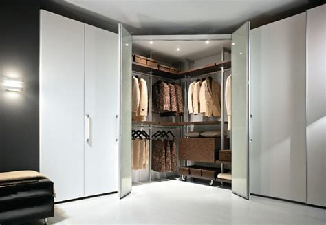 cabina armadio ad angolo cabine armadio a montanti mercantini mobili