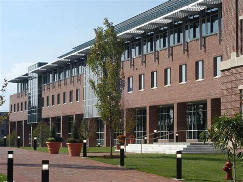 Rensselaer Polytechnic Institute Hartford Mba by Rensselaer Polytechnic Institute Business School Students
