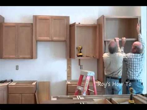 how to instal kitchen cabinets installing kitchen cabinets youtube