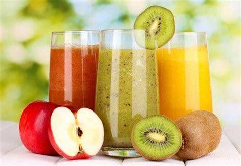 alimenti per drenare la dieta dei centrifugati per disintossicarsi e drenare i
