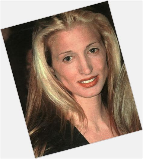 carolyn bessette carolyn bessette kennedy official site for woman crush