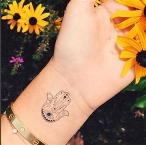 girly hand tattoos designs 25 best ideas about hamsa on hamsa