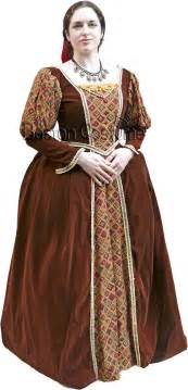 Medieval renaissance woman costume at boston costume