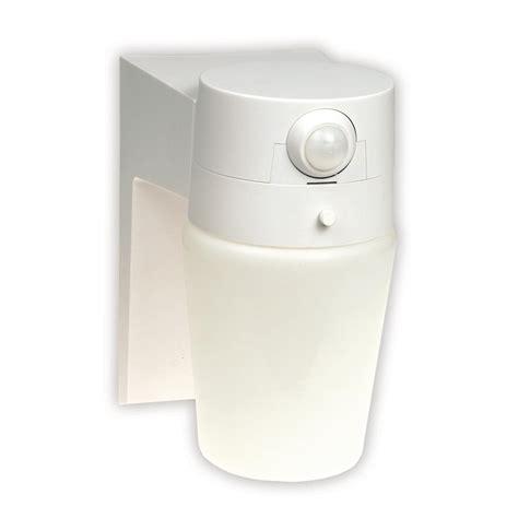 hton bay motion sensor light hton bay 110 176 white motion sensing outdoor security