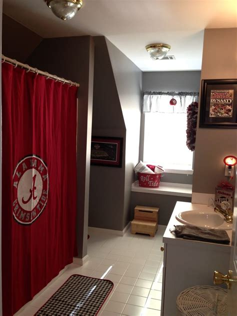 alabama crimson tide bathroom set 25 best ideas about alabama decor on pinterest roll tide alabama roll tide