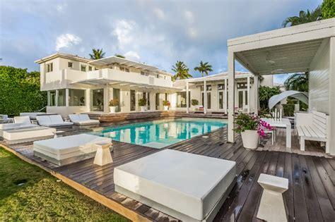 casa de shakira shakira vende su espectacular casa en miami
