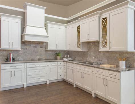 walnut ridge cabinetry shaker white kitchen cabinet
