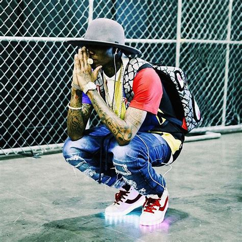 soulja boy light up shoes beezy supply soulja boy is releasing light up