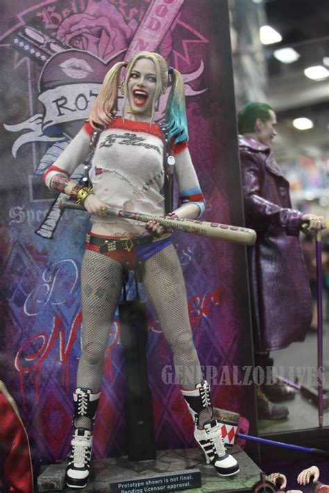hot toys harley quinn 1 6 hot toys mms383 suicide squad harley quinn