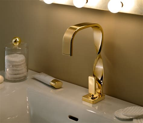 rubinetti dorati nastro rubinetteria doccia ritmonio architonic