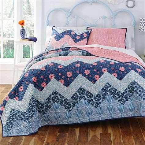 navy blue and coral bedding 25 best ideas about navy and coral bedding on pinterest