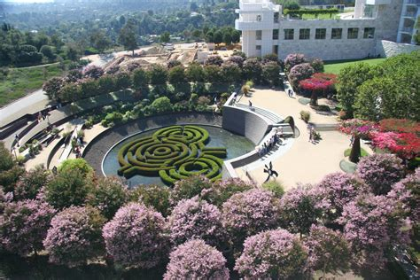 robert garden disarray magazine getty center and getting villa offer