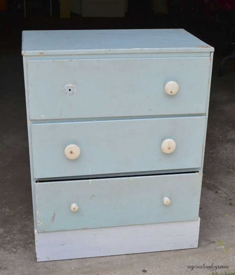 Elephant Dresser by Diy Elephant Knobs Themed Furniture Makeover Day Animal