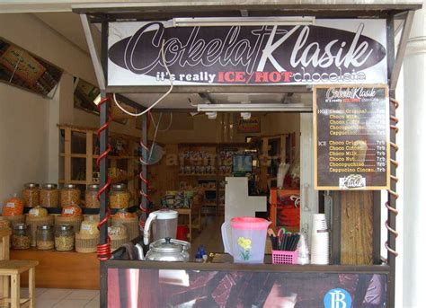 Menu Coffee Toffee Malang cokelat klasik it s really chocolate kuliner kota malang