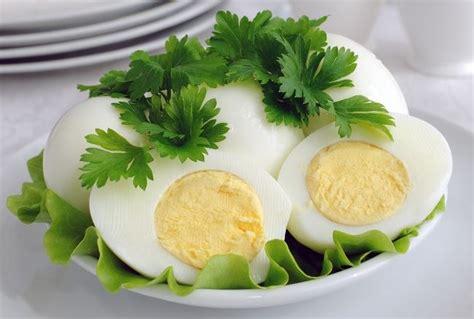 jenis makanan  mengandung vitamin  secara alami