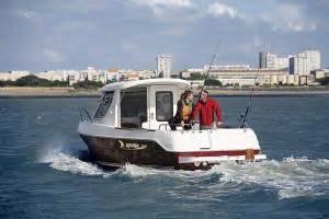 cabina barca barca cu cabina de dormit preturi si oferta