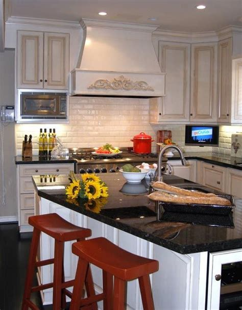 kitchen backsplash afreakatheart 19 best images about kitchen backsplash on pinterest