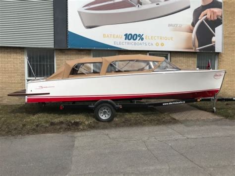 runabout boat flooring 2018 bruce 22 classic runabout chris craft hackercraft