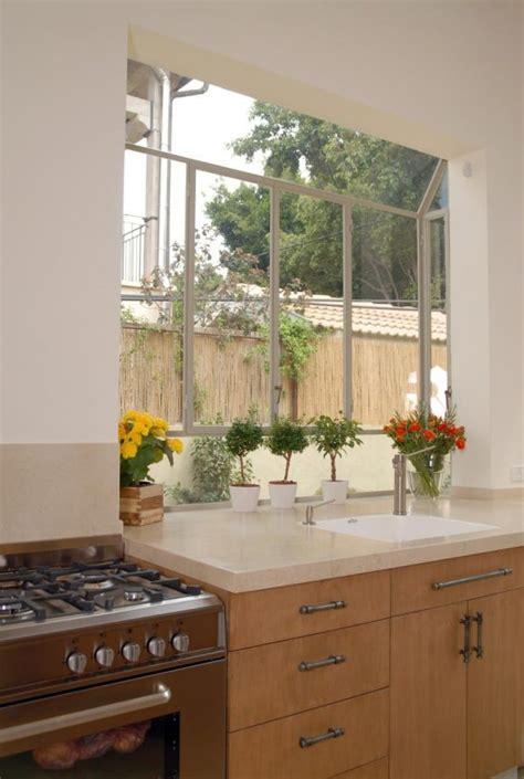 kitchen window  sink  piece