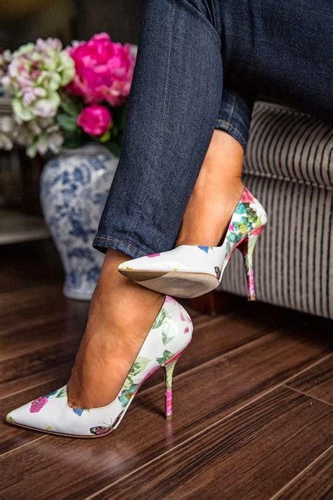 And Print Pumps At Office by How To Wear Print High Heels Style