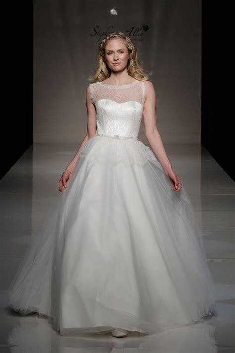 17 Best images about Dream Wedding Dress on Pinterest