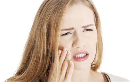 herpes all interno della bocca i rimedi naturali contro le afte