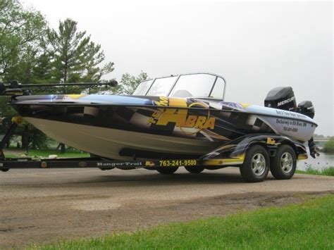 ranger bass boat wraps 1000 ideas about boat wraps on pinterest speed boats