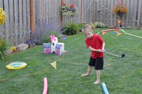 minigolf da giardino giochi da costruire in giardino ecco 7 splendide idee fai