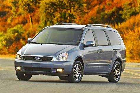 Kia Sedon 2011 Kia Sedona Gets A New Grille And More Power The