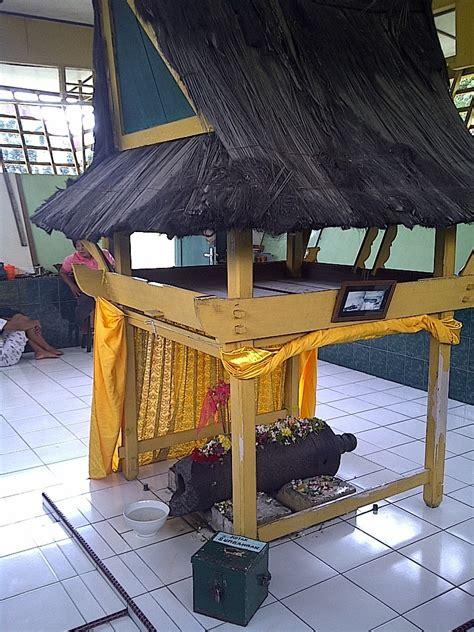 wisata sejarah kota medan istana maimun meriam puntung