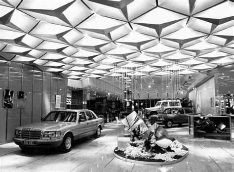 mercedes showroom interior 69 best images about car showroom on pinterest lighting
