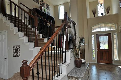 Classic Stairs Design Decorations Varnished Solid Wood Stair Handrails And Excelent Wrought Iron