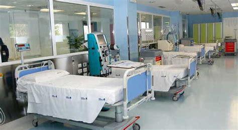 dodici rinvii a giudizio per il centro dialisi