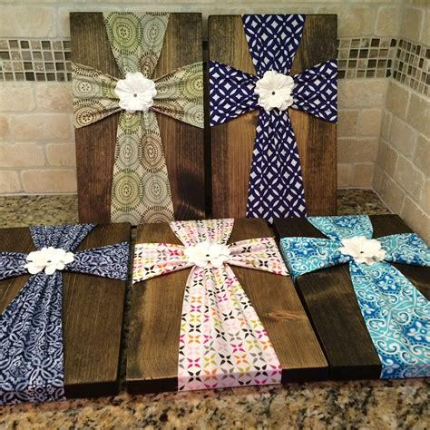 fabric crafts wood and wall fabric cross on wood plaque with flower