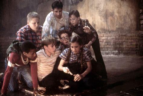 film it original cast best horror movies of the 90s popsugar entertainment