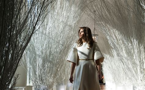 trump white house decoration terrifying melania trump trolled over nightmarish