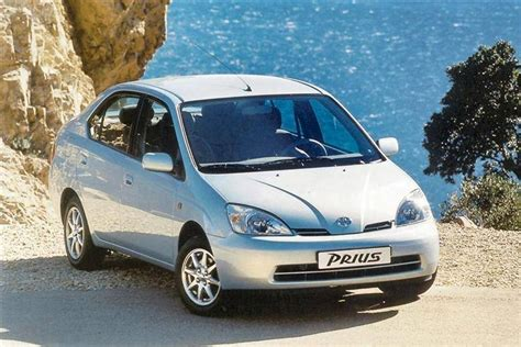 how to sell used cars 2003 toyota prius parking system toyota prius 2000 2003 review review car review rac drive