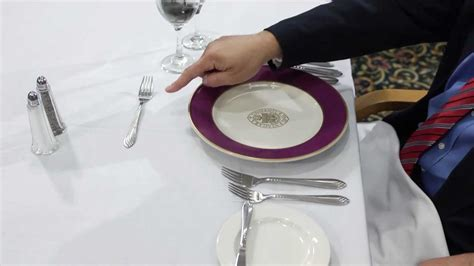 Ways To Improve Your Table Manners by Guideline To Table Etiquette For Lunch With Style And