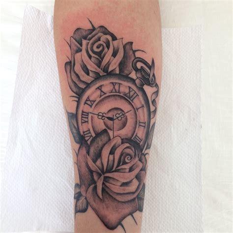 relogio de bolso e rosas tatuagem masculina pinterest
