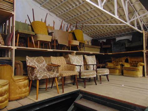 poltrone vintage vendita magazzino di divani e poltrone vintage