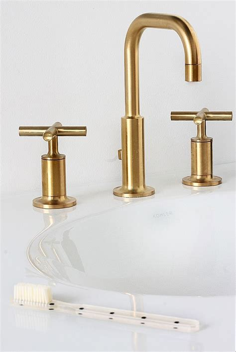 bathrooms with gold fixtures 1000 ideas about black bathroom faucets on pinterest