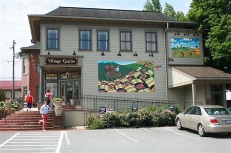 Kitchen Kettle Stores Amish Quot Harness Quot Shop Kitchen Kettle