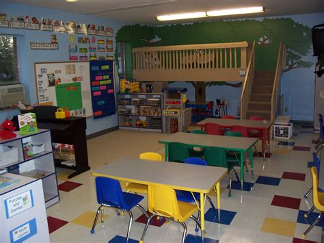 home daycare decor home daycare ideas for decorating throughout bathroomstall org