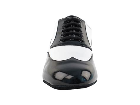 cm100101 black patent white leather