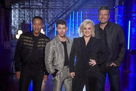voice season  premiere meet  judges