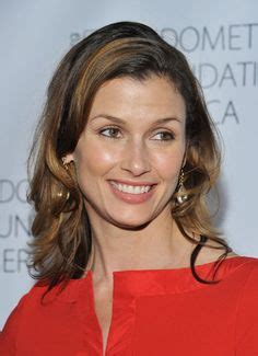 haircuts in blue bloods bridget moynahan por mark seliger 2010 los 10 2010
